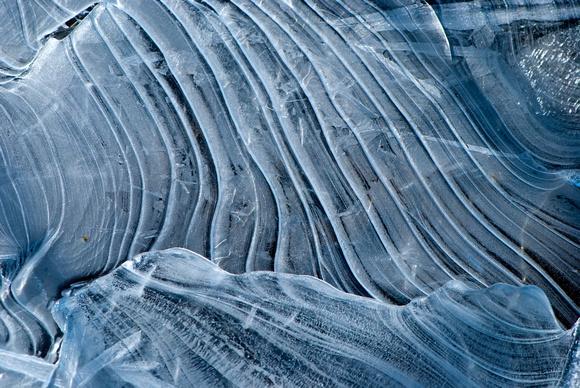 ice forming on the cedar river rich herrmann photography